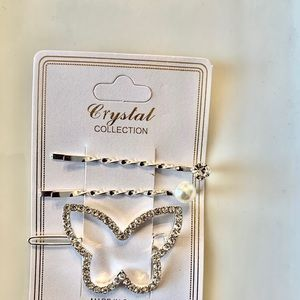 🎀 5/$25 Butterfly Pearl Hair Set
